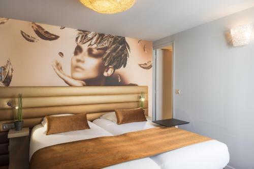 Le Bon Hôtel : Hotel near Neuilly-sur-Seine