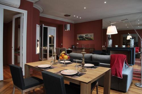 Maison d'Hôtes - Le Patio de l'Intendance : Bed and Breakfast near Bordeaux