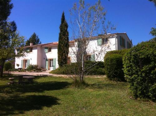 Mas de la Boissiere : Guest accommodation near Cabrières-d'Aigues