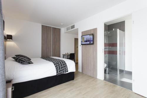 Tulip Inn Massy Palaiseau - Residence : Guest accommodation near Longjumeau