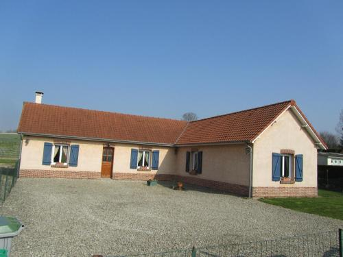 Les Roses de Picardie : Guest accommodation near Douriez