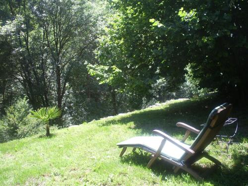 Lou Prierou : Bed and Breakfast near Saint-André-de-Lancize