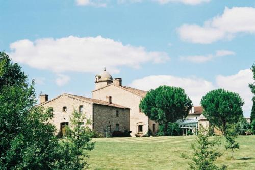 Le Manoir Saint Clair : Bed and Breakfast near Flourens