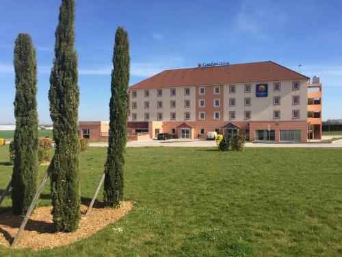 Comfort Hotel Dijon Sud - Longvic : Hotel near Fénay