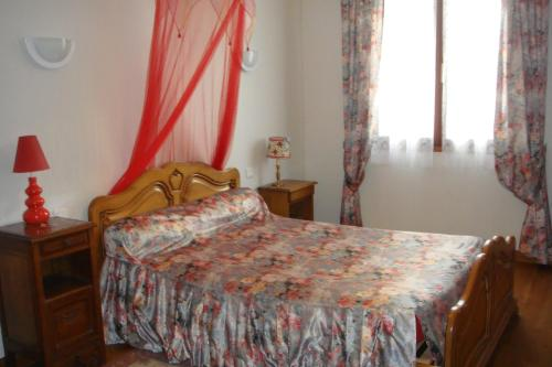 Chambres d'Hotes chez Renée : Bed and Breakfast near Jaulgonne