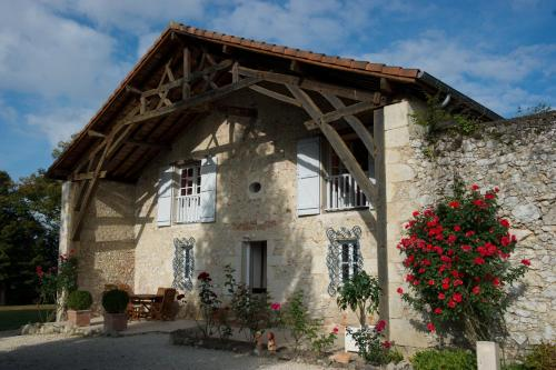 Le Poutic : Bed and Breakfast near Monguilhem