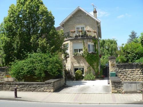 Les chambres d'Harmonie : Bed and Breakfast near Domme