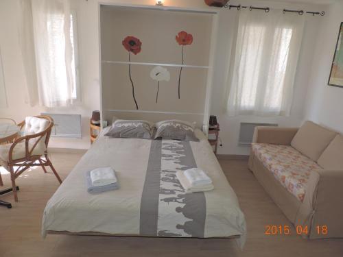 Les Cigales d'Estoublon : Apartment near Puimichel