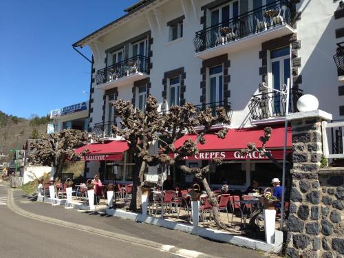 Hotel Bellevue : Hotel near Vernines