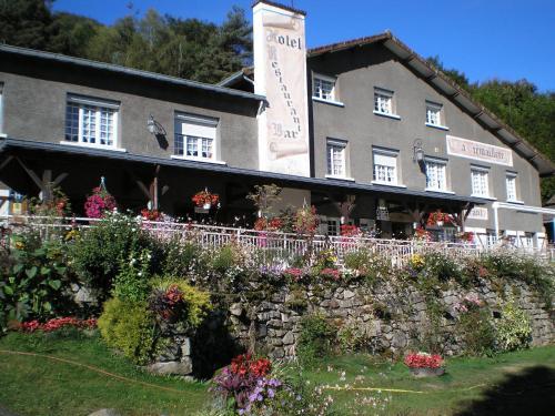 La Cremaillere : Hotel near Saint-Jacques-d'Ambur