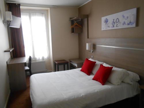Hotel de Paris Montmartre : Hotel near Paris 17e Arrondissement