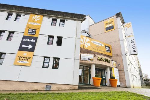 Premiere Classe Marne La Vallee - Saint Thibault Des Vignes : Hotel near Gouvernes