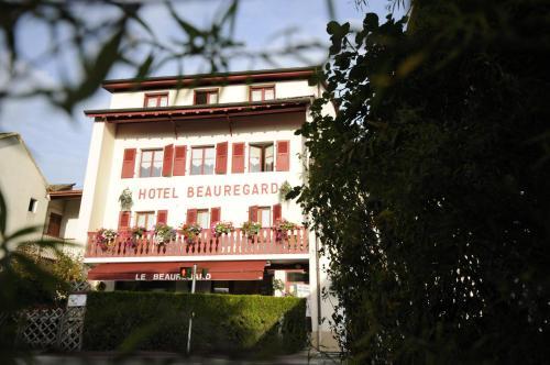 Hotel Le Beauregard : Hotel near Grilly