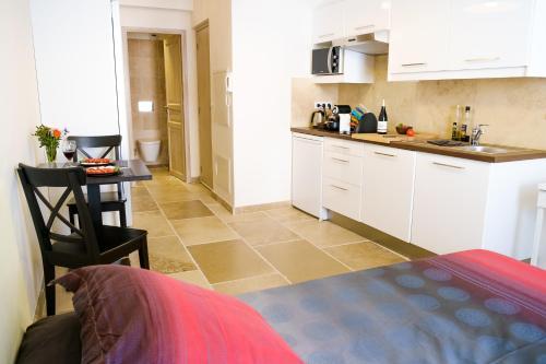 Villa Luca : Apartment near Antibes