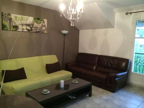 Apartment Near Disneyland Paris : Apartment near Bailly-Romainvilliers
