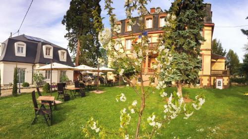 Hôtel Le Manoir : Hotel near Heiligenstein