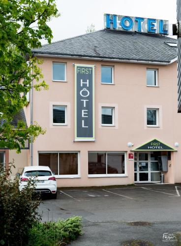 Hotel First Rodez : Hotel near Rodez