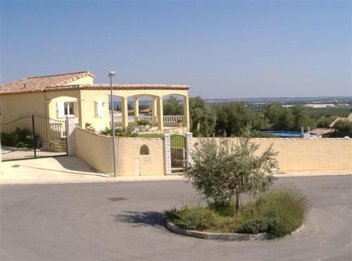 Villa Le Clos Des Oliviers : Guest accommodation near Gallargues-le-Montueux