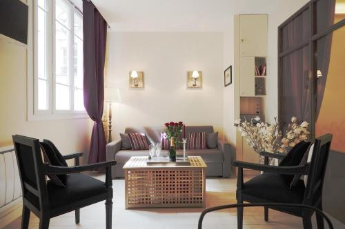 Saint Germain Elegant ChicSuites : Apartment near Paris 6e Arrondissement