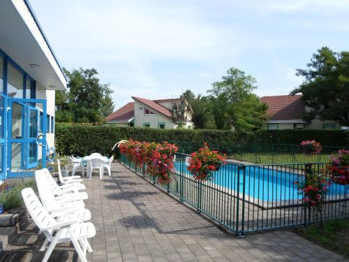 Appart'Hotel Les Acacias : Guest accommodation near Bolsenheim