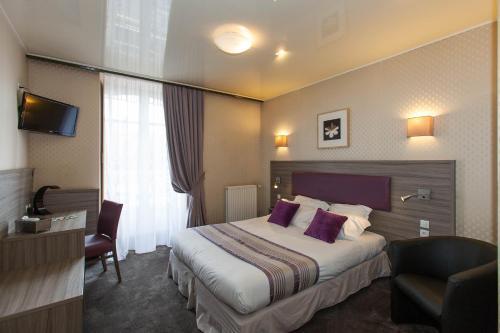 Citotel Hôtel le Challonge : Hotel near Tréfumel