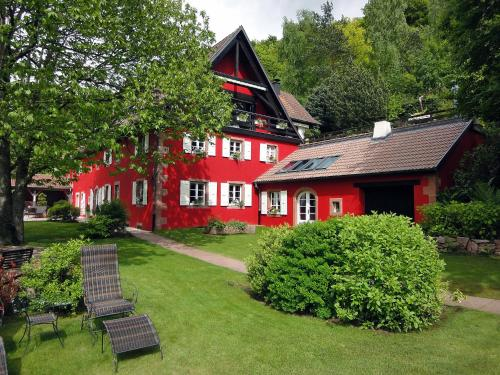 La Haute Grange : Bed and Breakfast near Sainte-Croix-aux-Mines