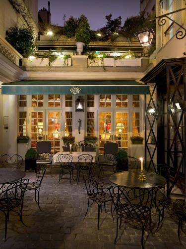 Hôtel Duc De St-Simon : Hotel near Paris 7e Arrondissement