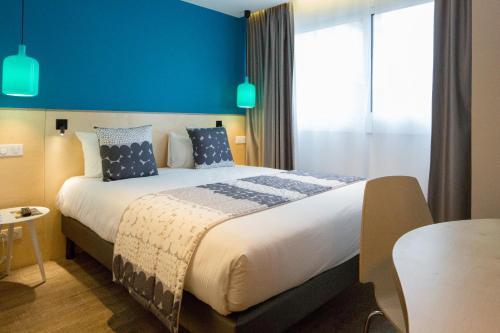 La Regence : Hotel near Courbevoie