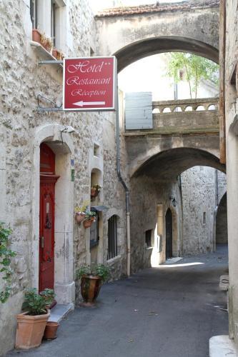 Logis Hotel le Prieuré : Hotel near Saint-Martin-d'Ardèche