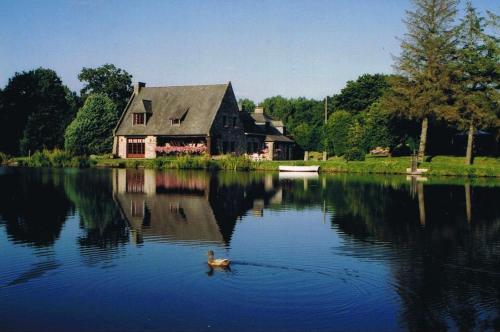 Le Petit Moulin du Rouvre : Guest accommodation near Tinténiac