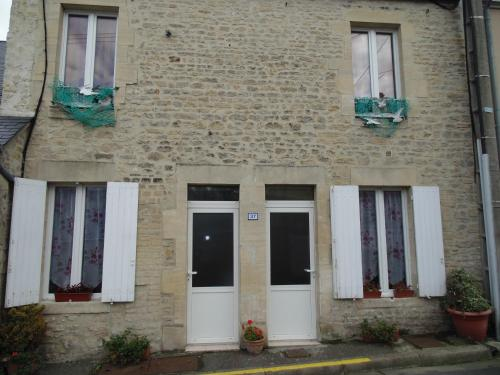 Maison en Pierre : Apartment near Port-en-Bessin-Huppain