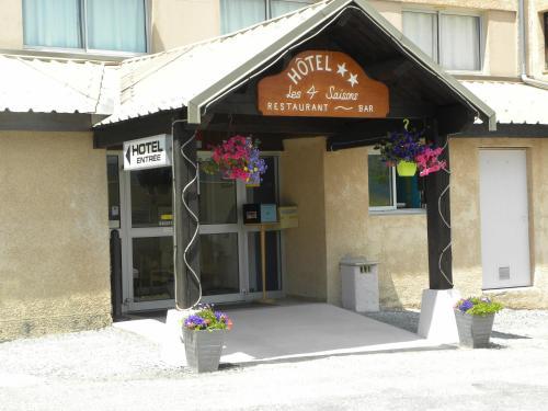 Hôtel Restaurant les 4 Saisons : Hotel near Saint-Apollinaire