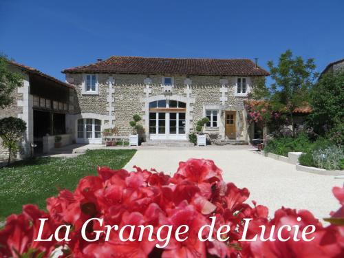 La Grange de Lucie -chambres d'hôtes en Périgord-Dordogne : Bed and Breakfast near La Chapelle-Grésignac