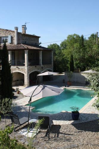 Gîte Le Bel Endroit : Guest accommodation near Saint-André-de-Cruzières