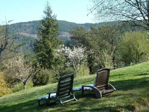 Gite de La Jasse : Guest accommodation near Portes