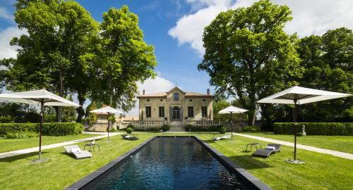 Clos Marcamps - Les Collectionneurs : Guest accommodation near Civrac-de-Blaye