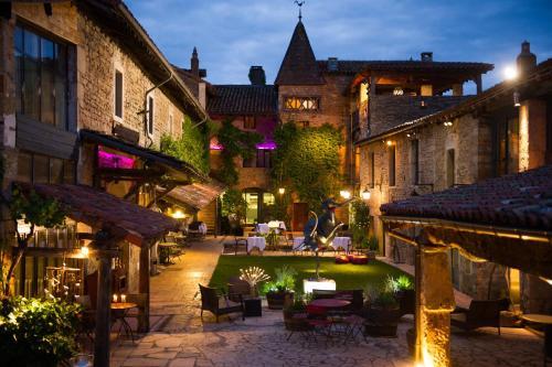 Hostellerie Le Potin Gourmand : Hotel near Saint-Ythaire