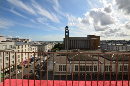 Hotel Saint Louis : Hotel near Brest