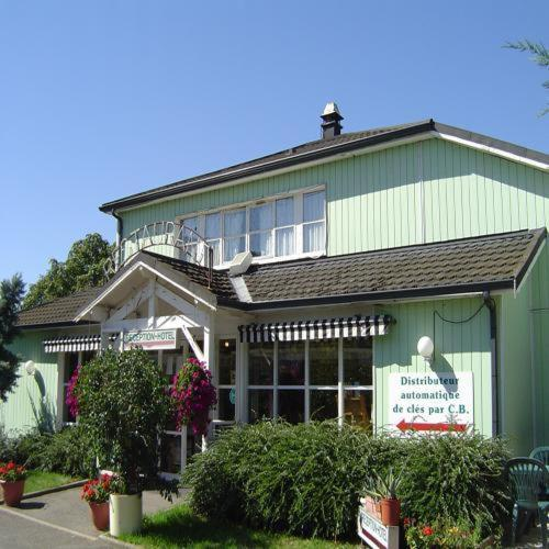 Fast Hotel Colmar Houssen : Hotel near Houssen