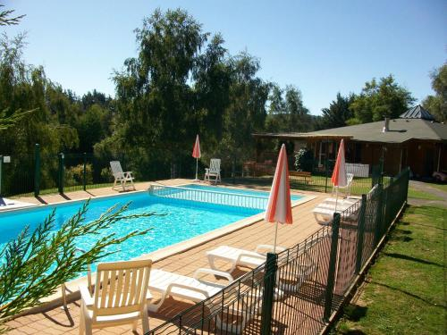 VVF Villages Chaudes-Aigues : Guest accommodation near Chauchailles
