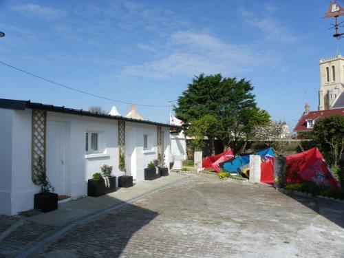 École De Kitesurf Et Guest House : Bed and Breakfast near Coquelles