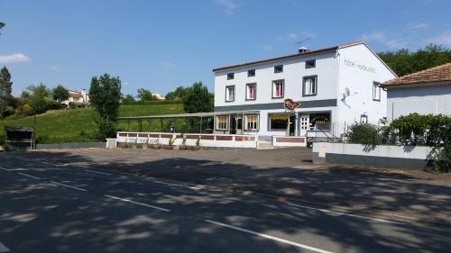 Le Relais de la Haute Vallée : Hotel near Bouriège