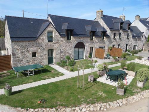 Les Gites de Kerdurod : Bed and Breakfast near Cléguer
