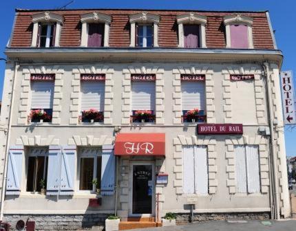 Hôtel Regia (ex - Hôtel du Rail) : Hotel near Gamarde-les-Bains