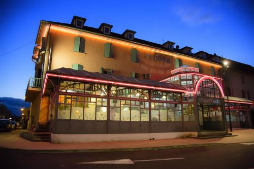 Hôtel Le Tivoli : Hotel near Saint-Lézer