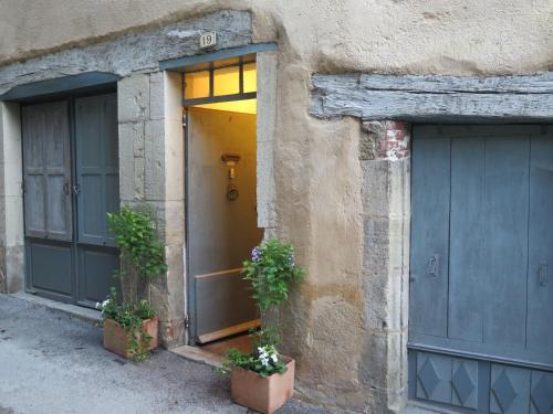 La Porte Bleue : Bed and Breakfast near Monteils