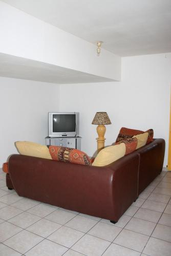 Mas de Bellegou Bed and Breakfast : Bed and Breakfast near Cers