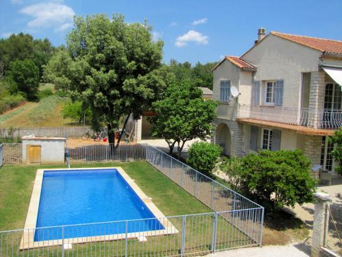 Auberge des Censiès : Guest accommodation near La Roquebrussanne