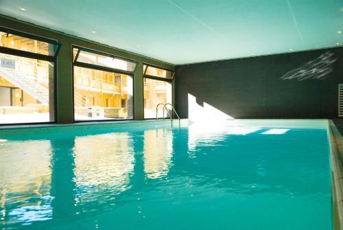 Lagrange Vacances Le Pic de l'Ours : Guest accommodation near Font-Romeu-Odeillo-Via