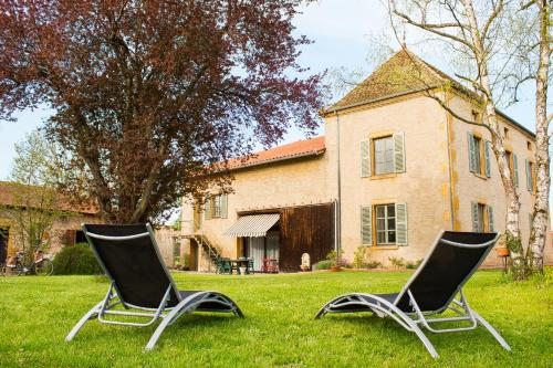Aux Ronzières : Bed and Breakfast near Saint-Christophe-en-Brionnais